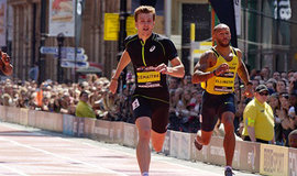 Christophe Lemaitre sprints to victory in Manchester